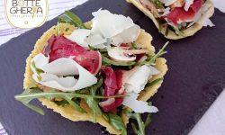 Cestini di Parmigiano con carpaccio di verdure e Controfiletto marinato al Fungo Porcino