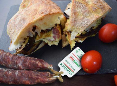 Pitta con frittata di Lucanica salsiccia stagionata