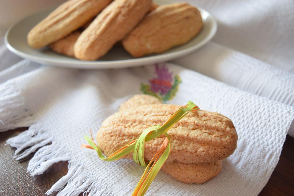 Biscotti inzupposi all'arancia e olio d'oliva