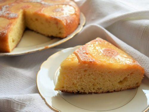 Torta ananas e ricotta rovesciata e caramellata