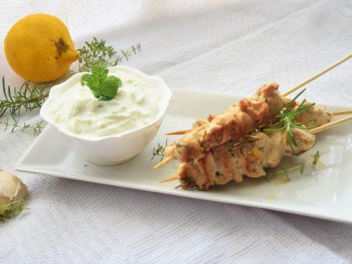 Arrosticini di Galletto alle erbe e salsa Tzatziki
