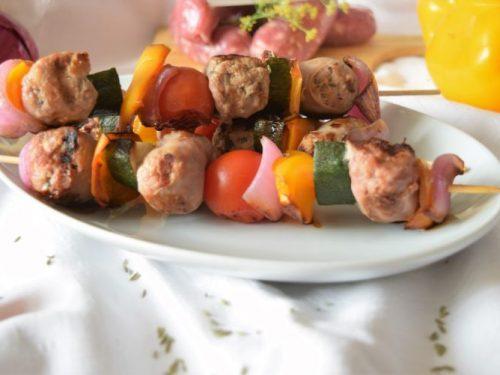 Spiedini di salsiccia al finocchietto e verdure