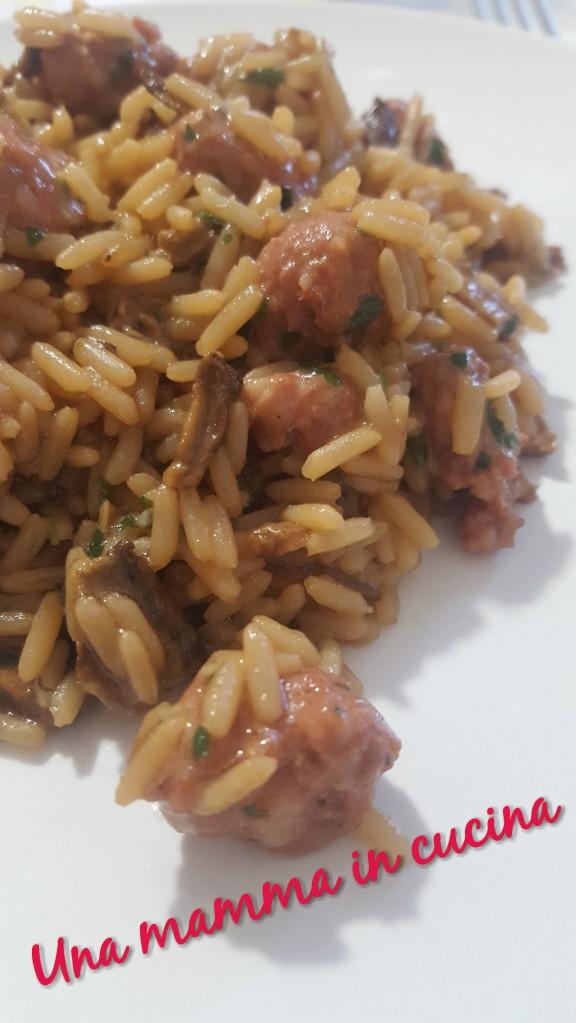 risotto con salsiccia e funghi