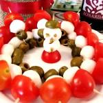 Spiedini pomodoro, mozzarella e olive