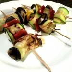 Spiedini di zucchine, melanzane e mozzarella