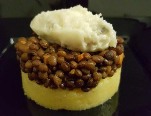 Polenta, lenticchie e gorgonzola