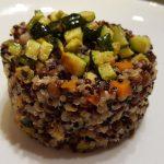 Quinoa tricolore con zucchine e lenticchie