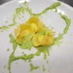 Tortellini con ricotta e fiori di zucca