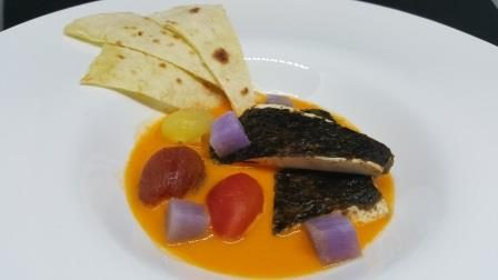 Finto Filetto di Pesce al Tofu in Acqua di Pomodoro