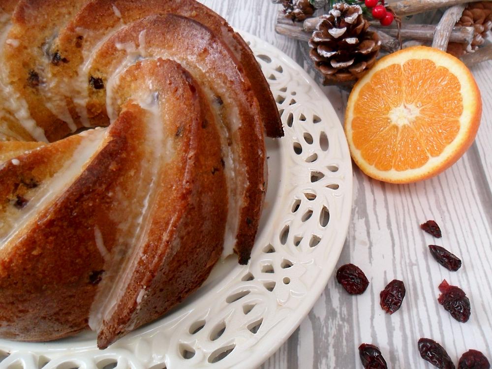 Bundt cake all'arancia e mirtilli rossi (2)