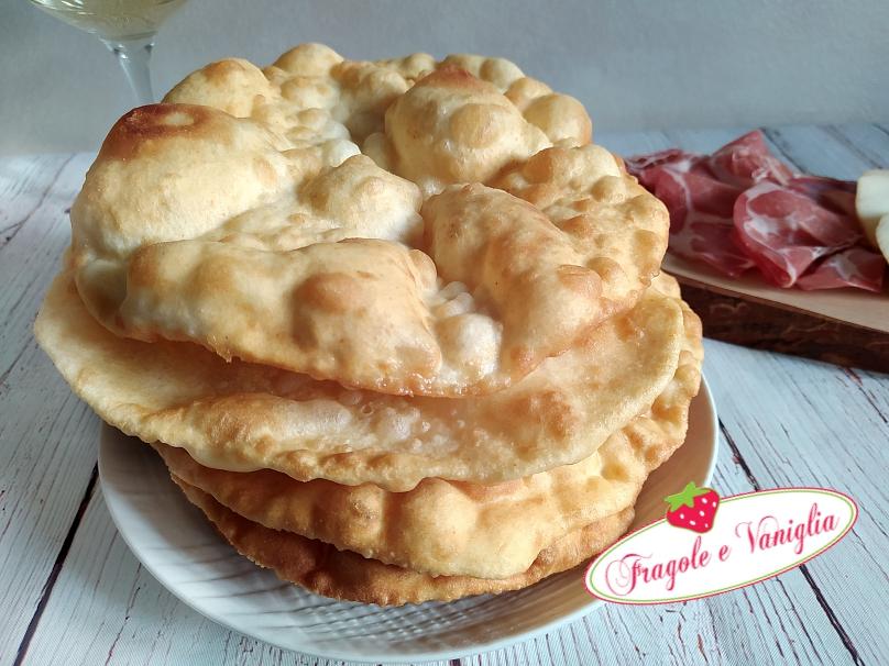 Shelpek focaccine fritte