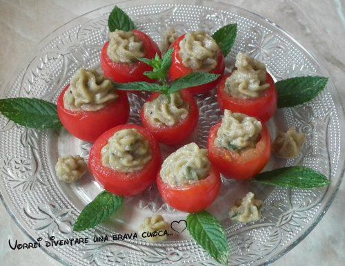 Pomodorini con spuma di melanzane