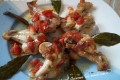 Fusi d'ala di pollo con pomodorini
