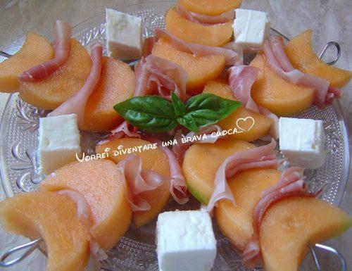 Antipasto di melone, prosciutto crudo e feta