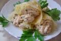 Coni di parmigiano con mousse al salmone