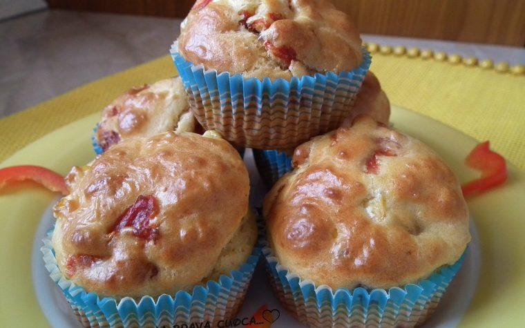 Muffins con peperone e mais