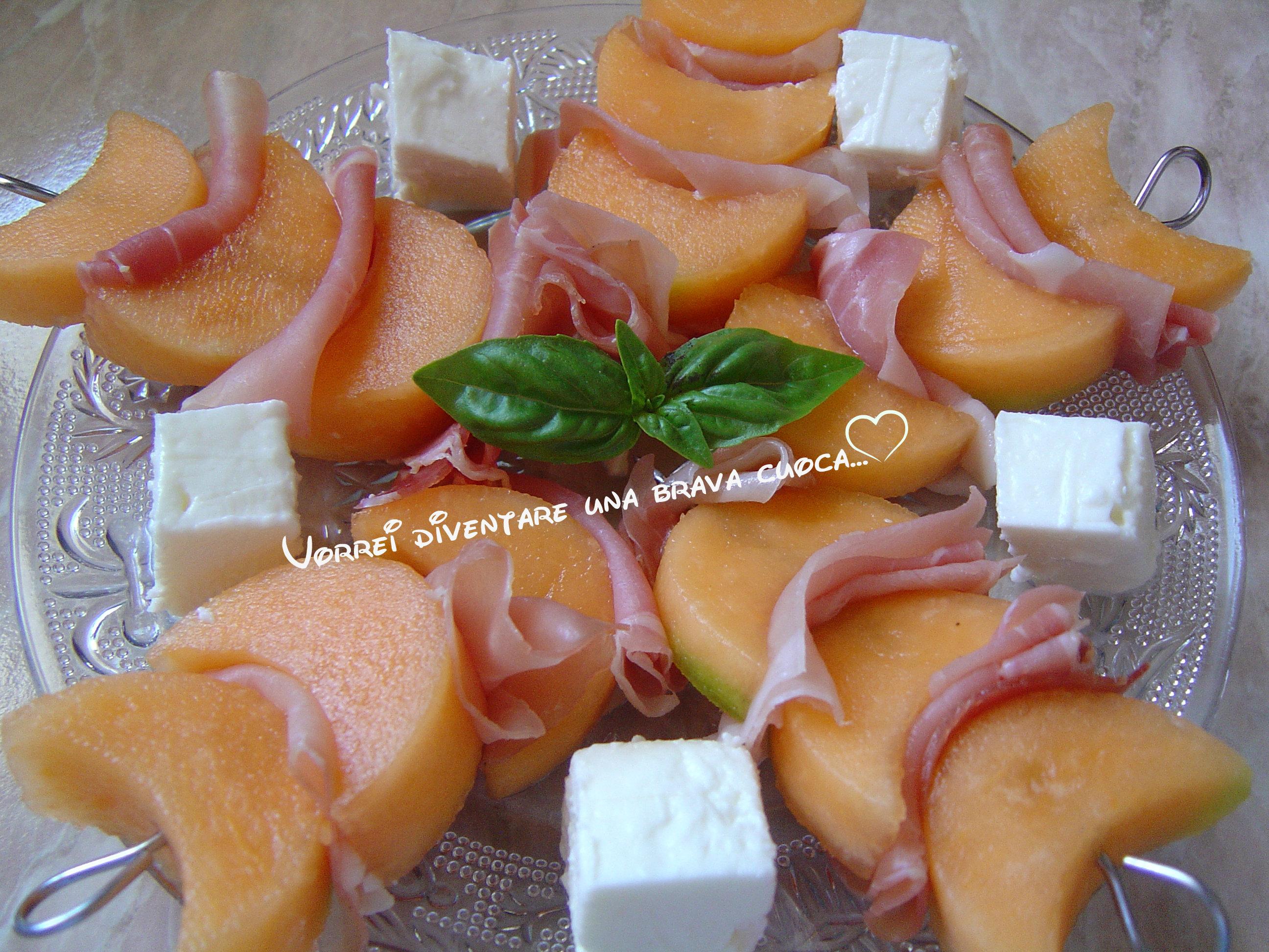 spiedino di melone crudo feta