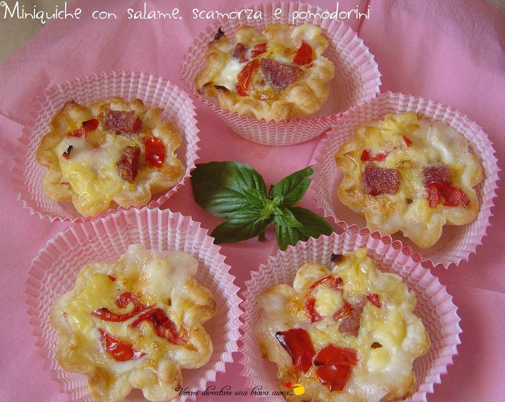 mini-quiche con salame e pomodorini