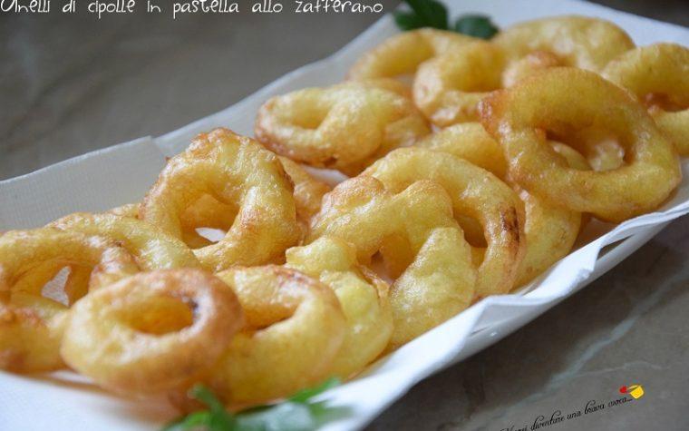 Anelli di cipolle in pastella allo zafferano