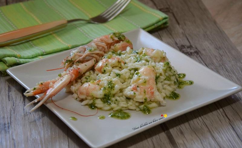 risotto con scampi e pesto di basilico