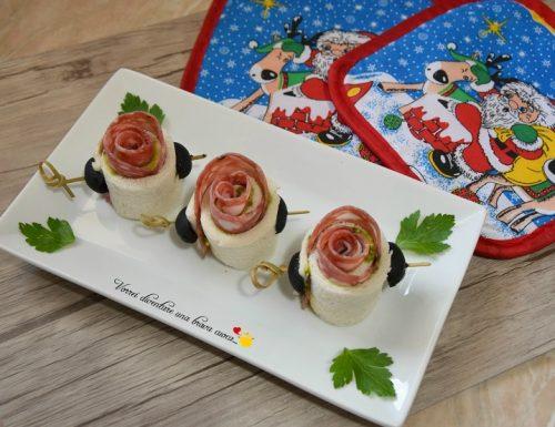 Rose di pancarrè con salame e pesto