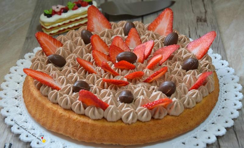 crostata morbida con mousse al mascarpone e fragole