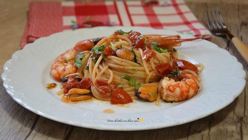 spaghetti con gamberoni e cozze