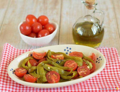 Insalata di peperoni e pomodorini