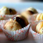 Dolcetti  di frolla  con crema e cioccolato