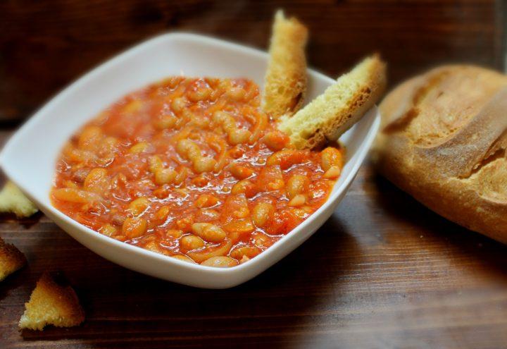 Minestra di fagioli con pancetta e cipolle 2
