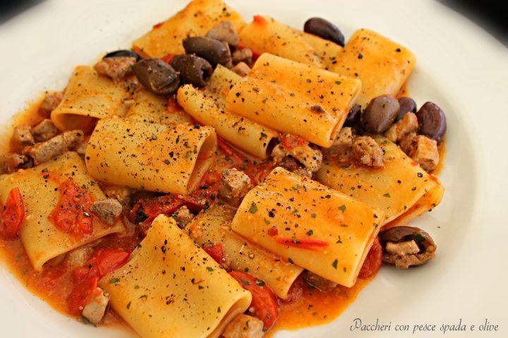 Paccheri con pesce spada e olive la cucina del cuore - La cucina del cuore ...