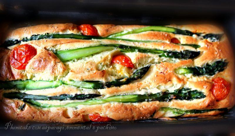 Plumcake con asparagi,emmental e pachino.