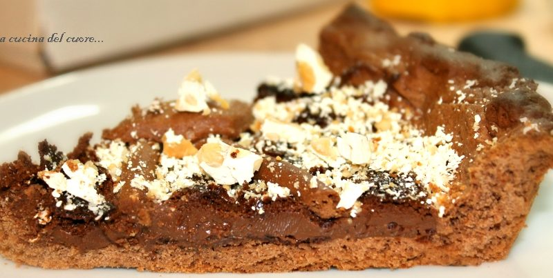 Crostata al cioccolato con torrone bianco