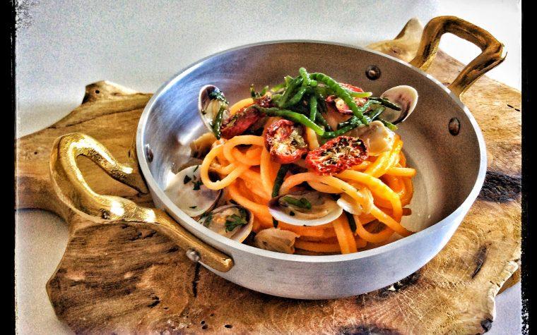 Spaghetti di mare cremosi