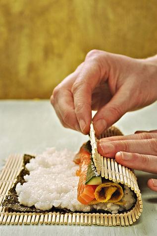Secondi Piatti di pesce: Sushi fatto in casa