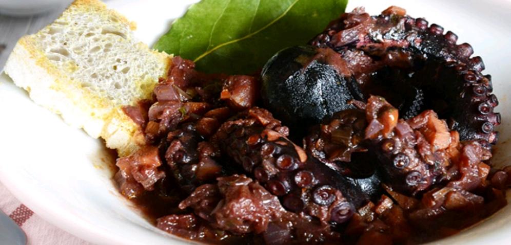 Secondi piatti di pesce polpo affogato ricetta ed for Secondi piatti di pesce