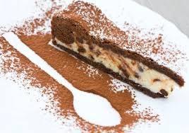 Crostate: Crostata al cacao con crema alla ricotta e cioccolato