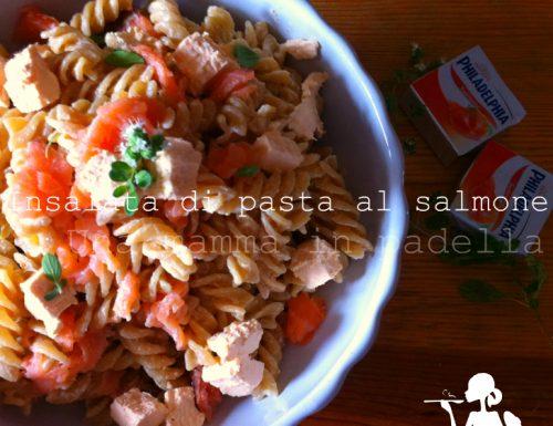Insalata di pasta al salmone