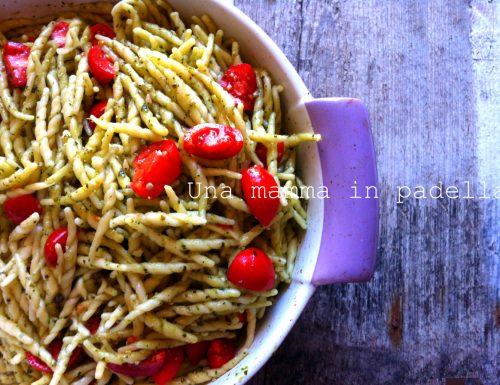 Trenette al pesto e pomodorini – ricetta pasta fredda veloce