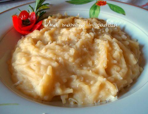 Pastina con fave e parmigiano