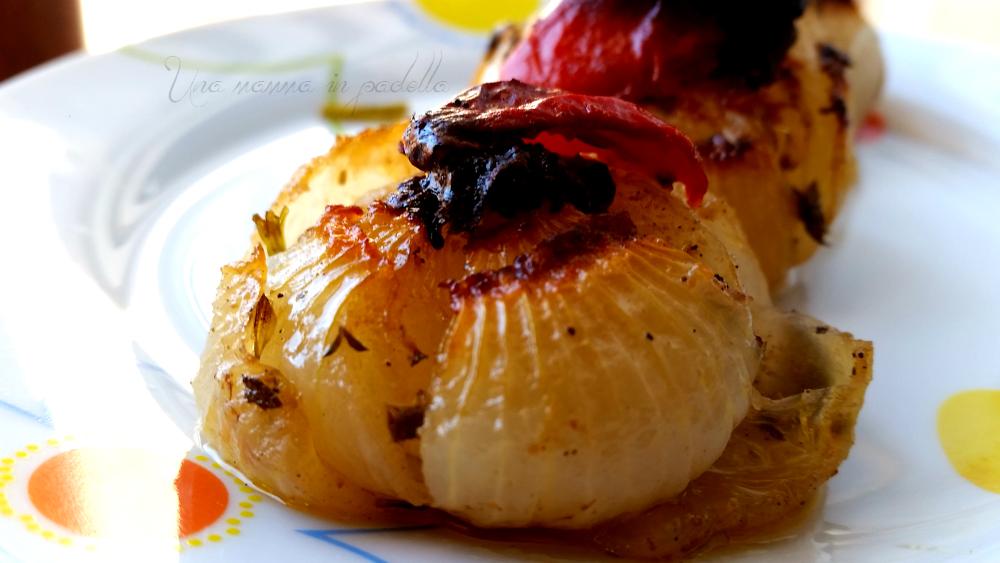 Cipolle al forno all'aroma di aceto