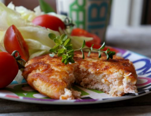 Burger di salmone e patate