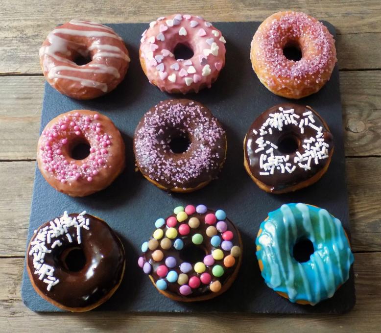 Donuts con glassa allo zucchero