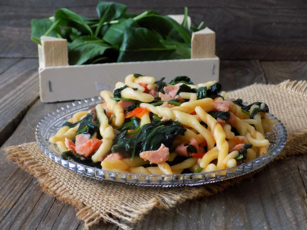 trofie con spinaci