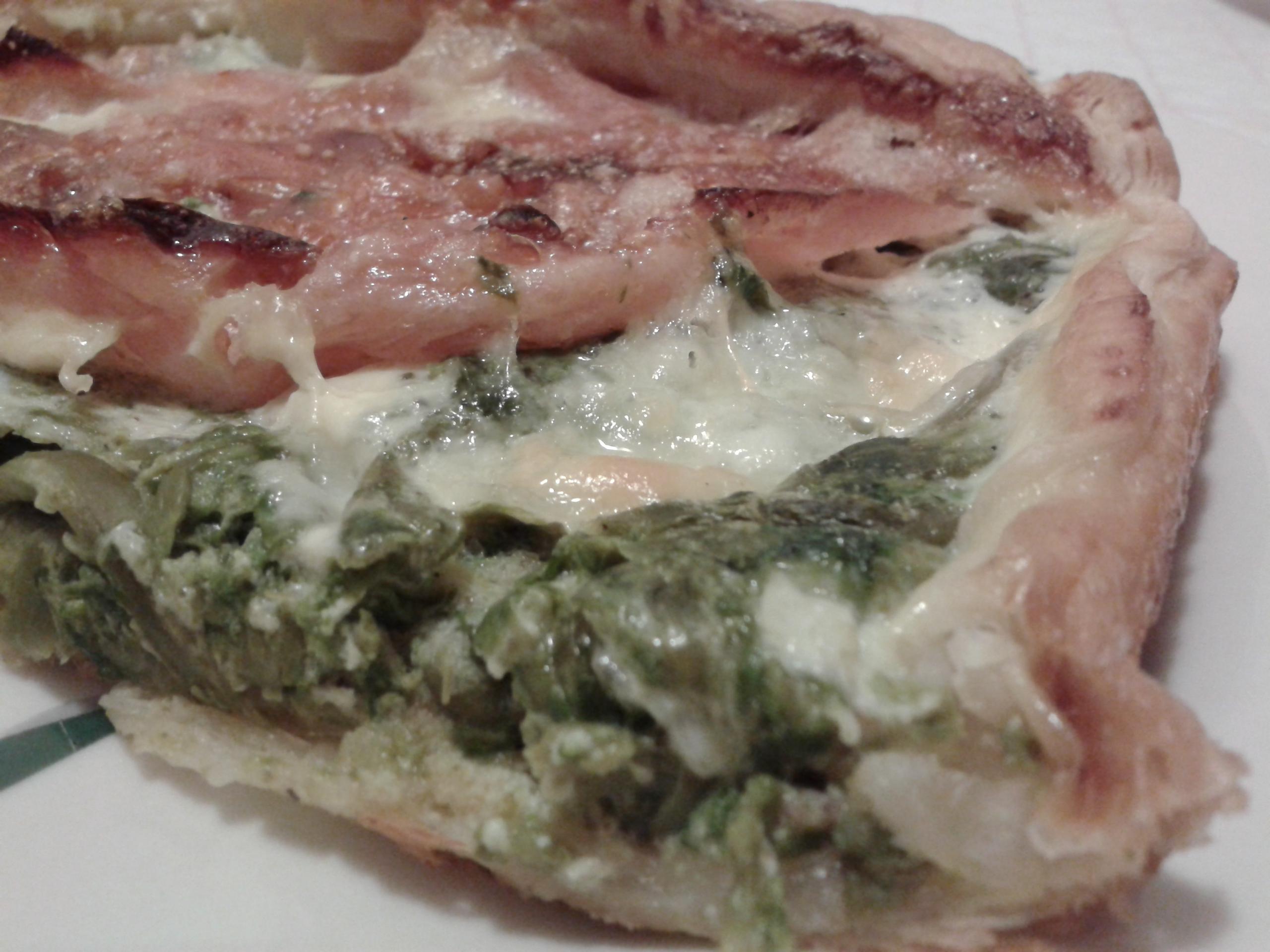 Torta salata con asparagi selvatici