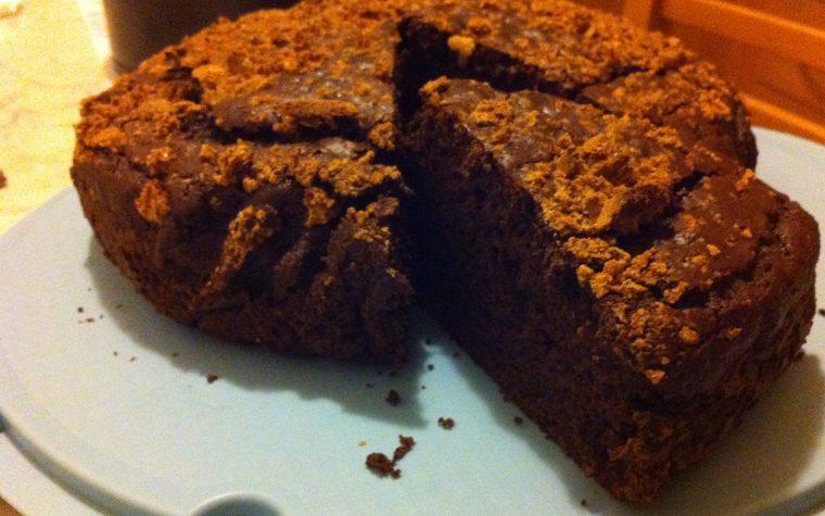 Torta morbidissima al cacao e amaretti