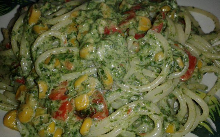 Spaghetti fantasia vegetariana