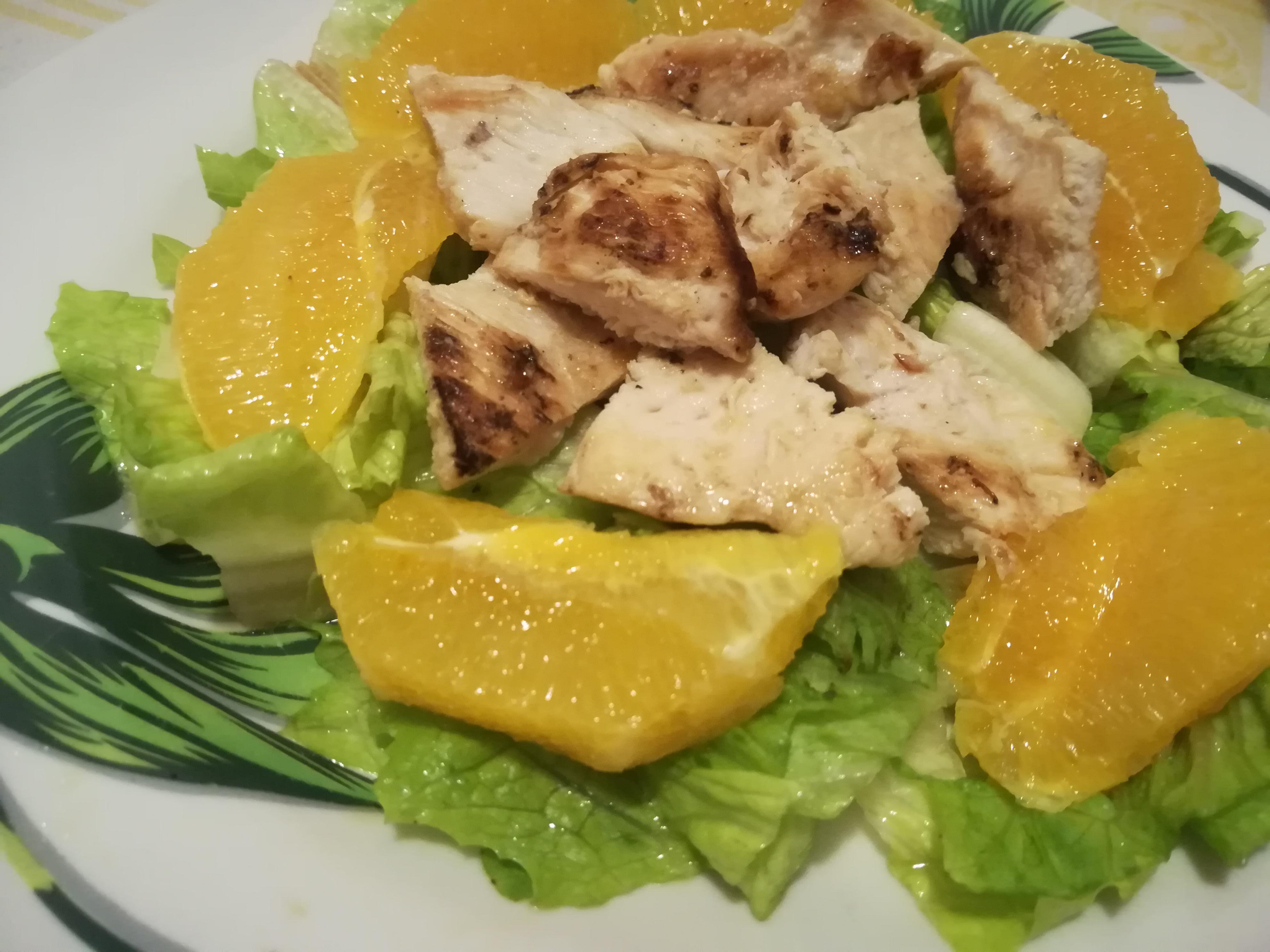 Insalata di pollo e arance
