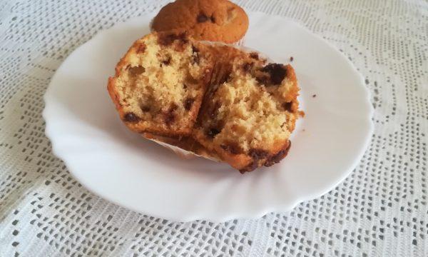 Muffin con le gocce di cioccolato supersoffici