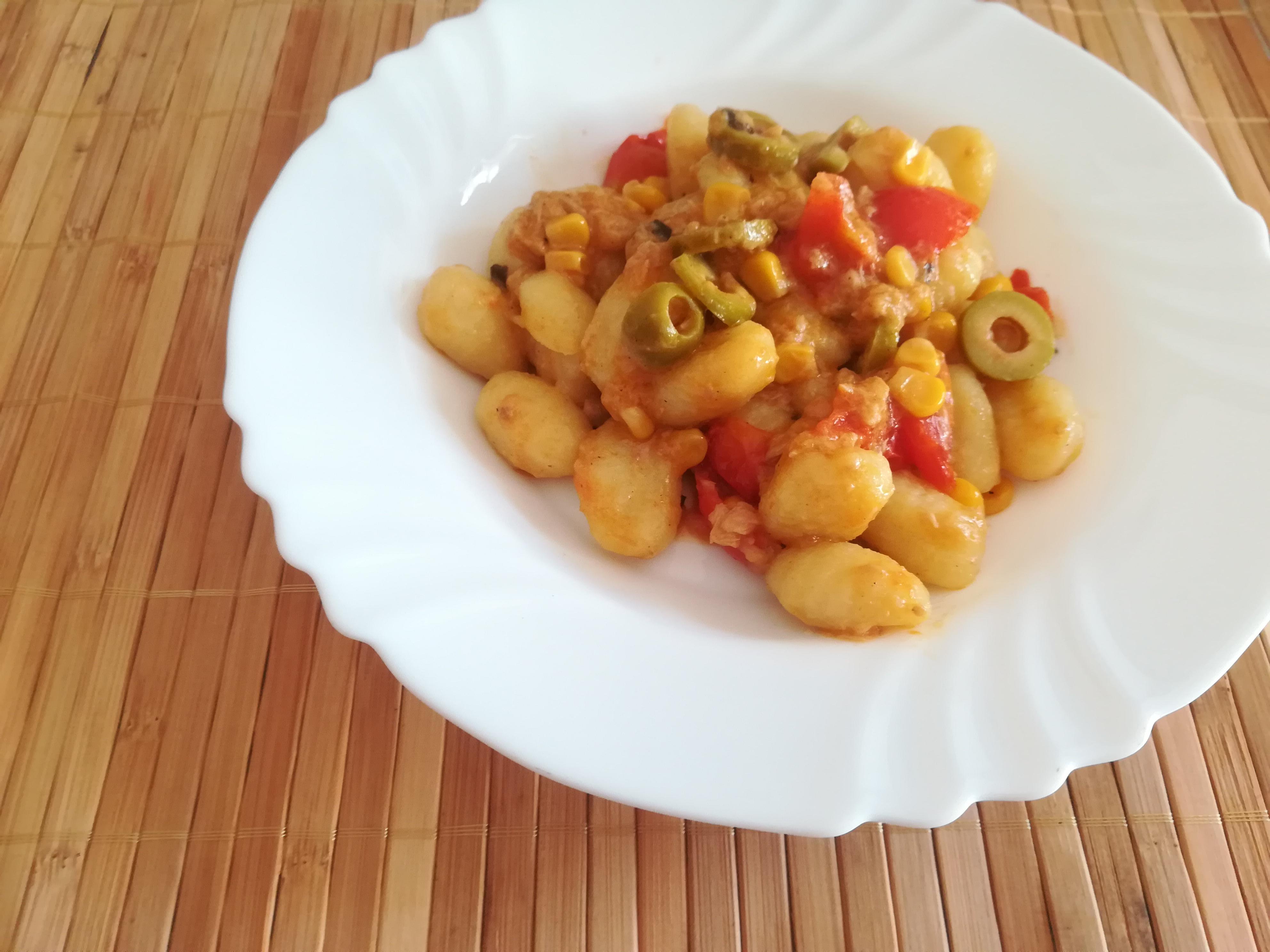 Gnocchi con mais e olive